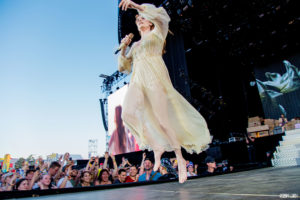 Florence and the Machine live concert photo rock werchter photographer fotograaf robin looy
