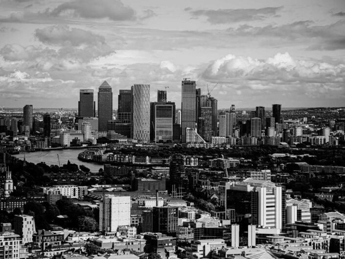 London-photo-skyline-canary-wharf