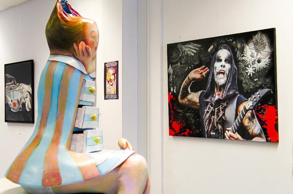 Behemoth in de gallery